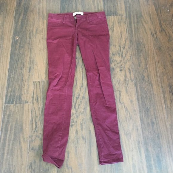 Hollister maroon soft skinny jeans Size 5R Hollister skinny jeans. Maroon color. Perfect condition. Low rise, 27 in waist, regular inseam. Hollister Pants Skinny