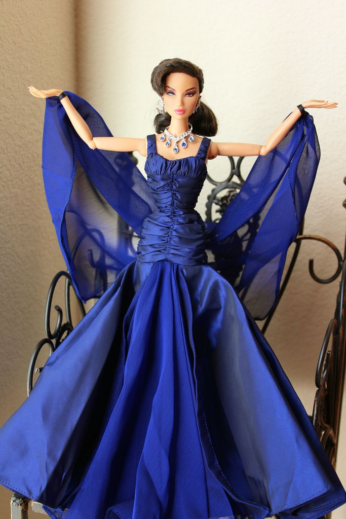https://flic.kr/p/abo481 | Queen  of  Sapphire | FR  Rising  Sun  Kyori  is  modeling  a  gown  from  the  Quenn  of  Sapphire  2000  barbie.  It's  the  2nd  series  from  the  Royal  Jewels  Collection  by  Carter  Bryant.