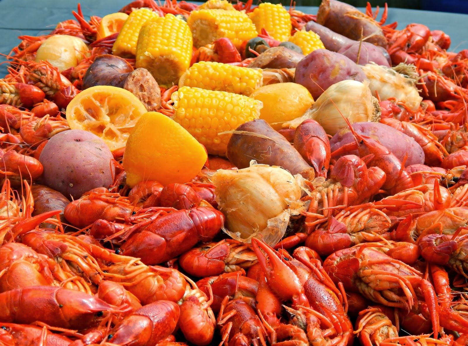 Directions To Cook The Best Boiled Louisiana Crawfish This Recipe Is A Favorite Among Many Fa Crawfish Boil Recipe Louisiana Crawfish Boil Recipe Boiled Food