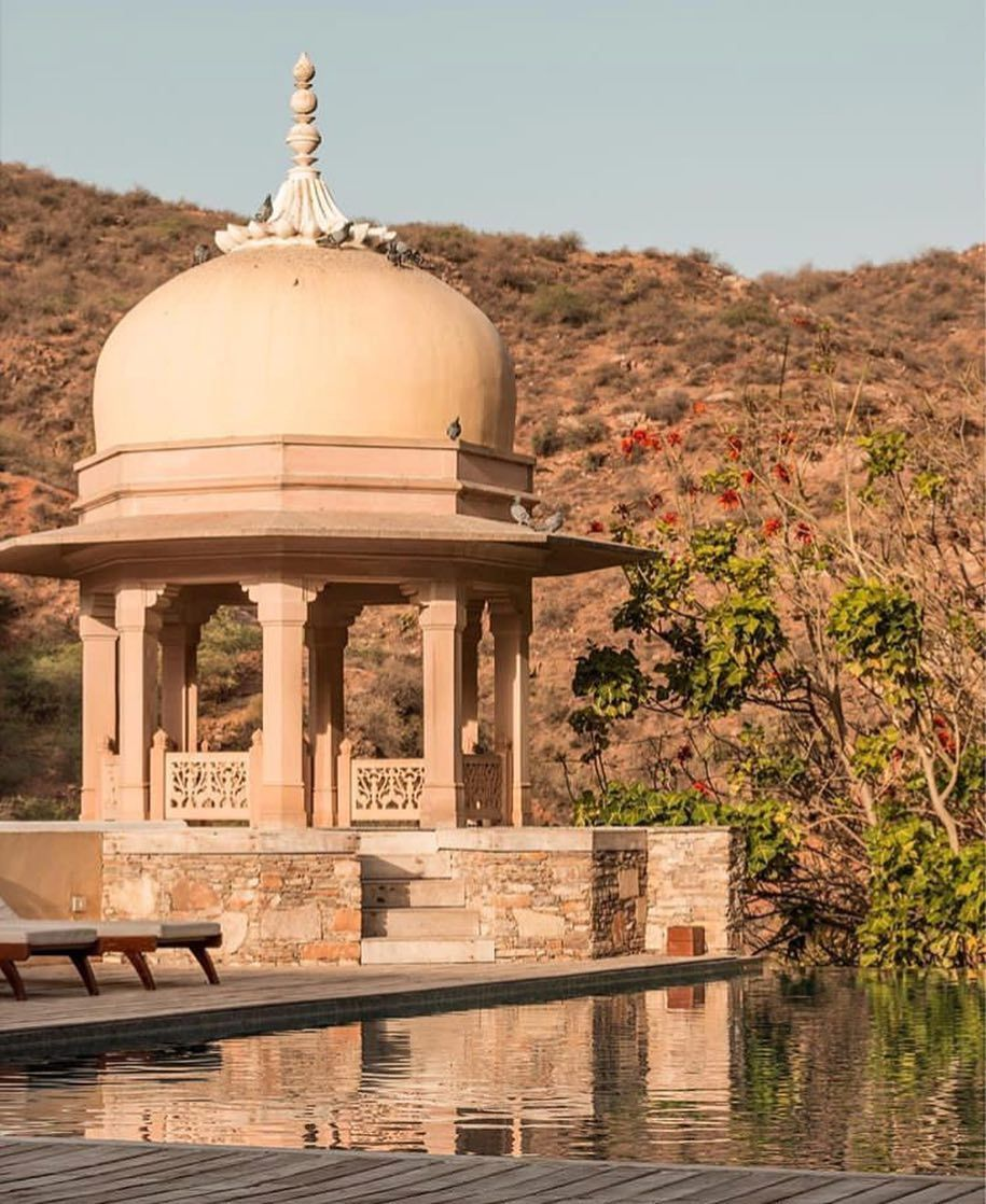 Jacuzzi Pool India Samode Palace While At The Infinity Pool You Stumble Upon The