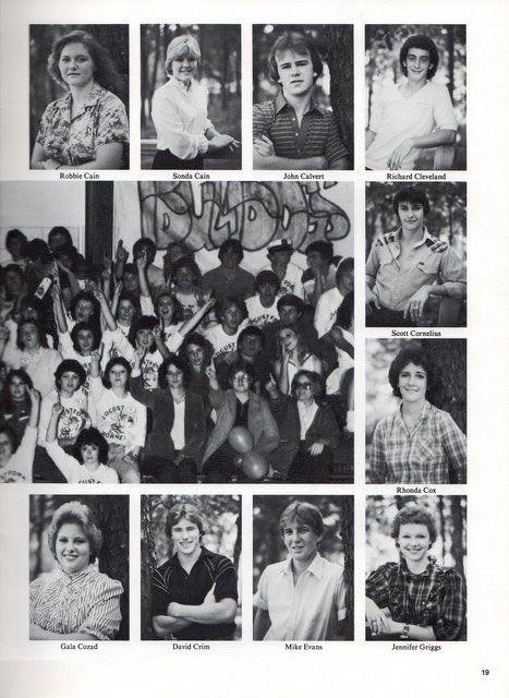 Yearbook 1983 / img442.jpg