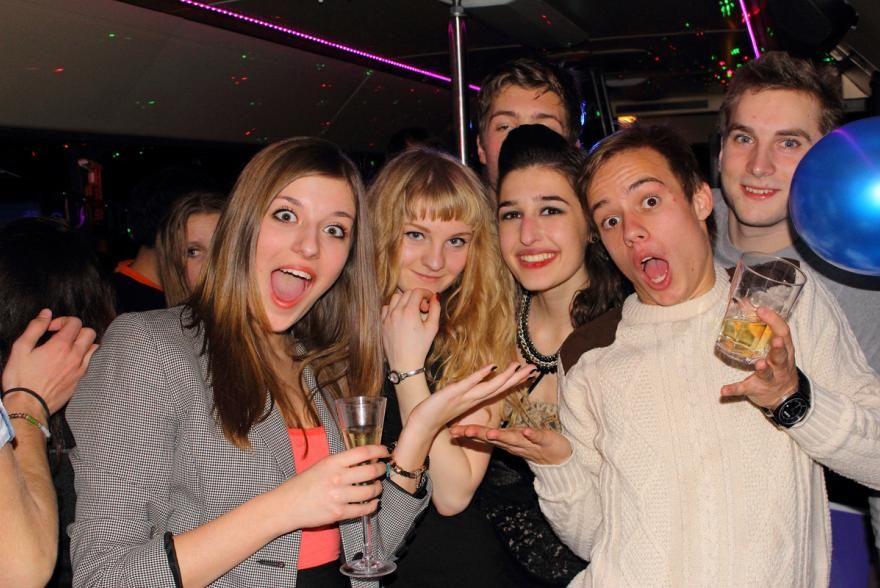 18 szülinapi party eveningstar partybus 18. szülinapi party | Exkluzív partybusz  18 szülinapi party