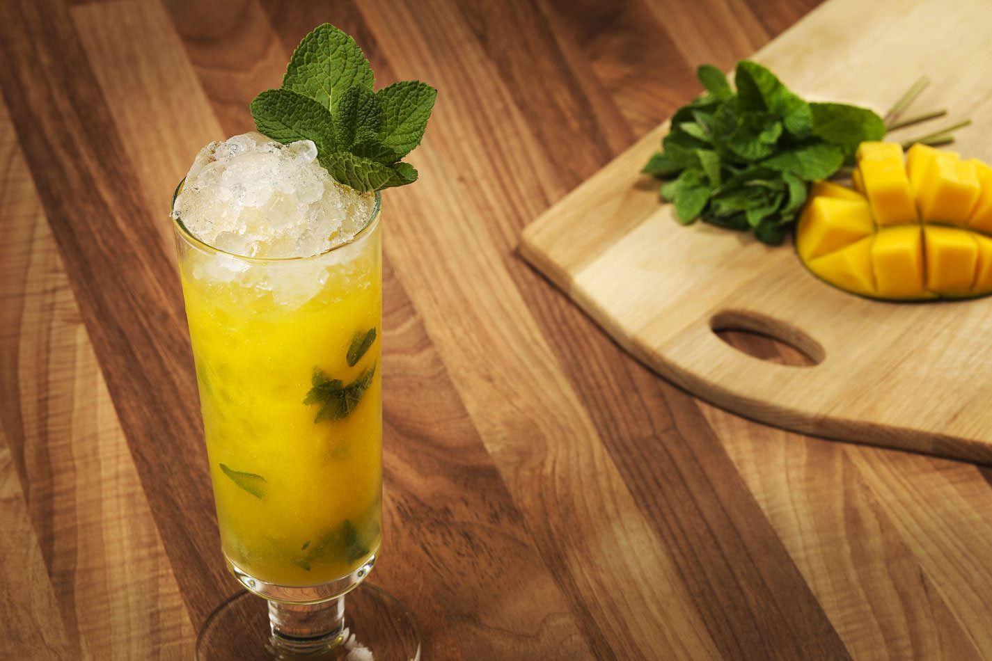 Mango Fizz Recipe Alcoholic Cocktail Recipes Easy Mocktail Recipes Mocktails