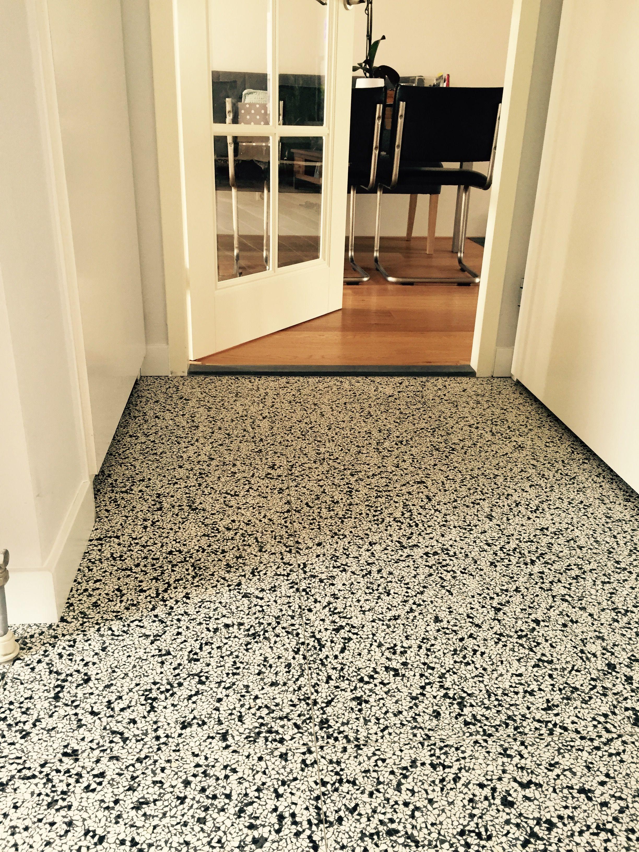 de tegel hilversum terrazzo vloertegels gang pinterest