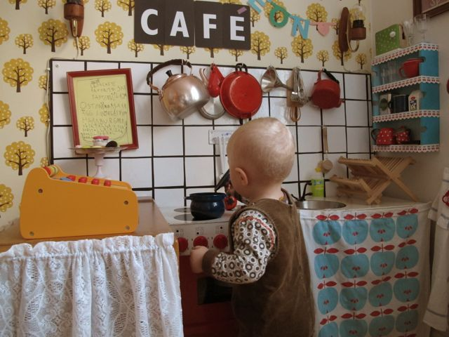 At the children's cafe