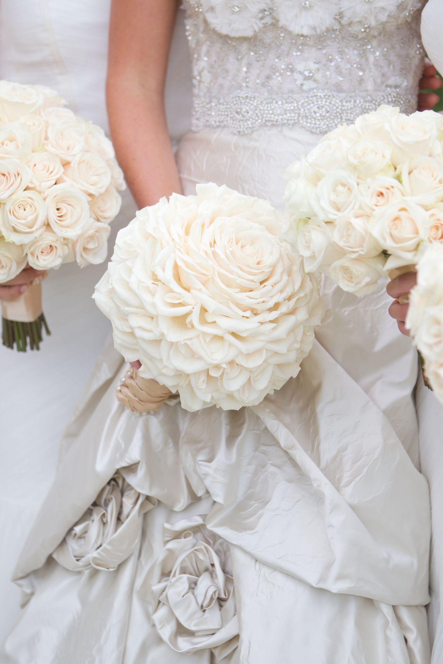 Elegant allwhite country club wedding with natural