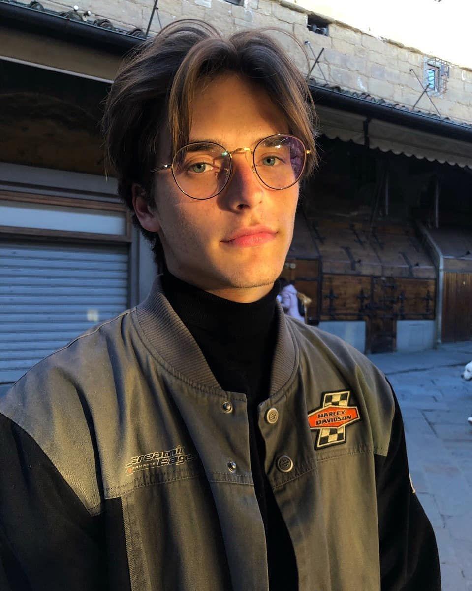 3 285 Otmetok Nravitsya 65 Kommentariev Nikita Nick Pervak V Instagram Neck Boys Glasses Beautiful Boys Cute Teenage Boys