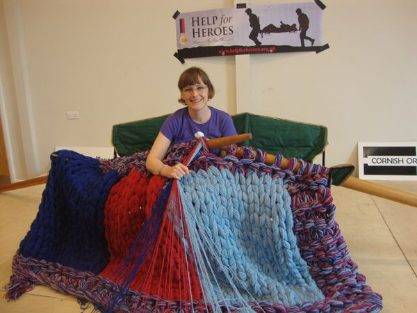 Extreme Knitting Blanket Pattern : Julias KnitWits Blog: Extreme Knitting For World Wide Knit in Public Day...