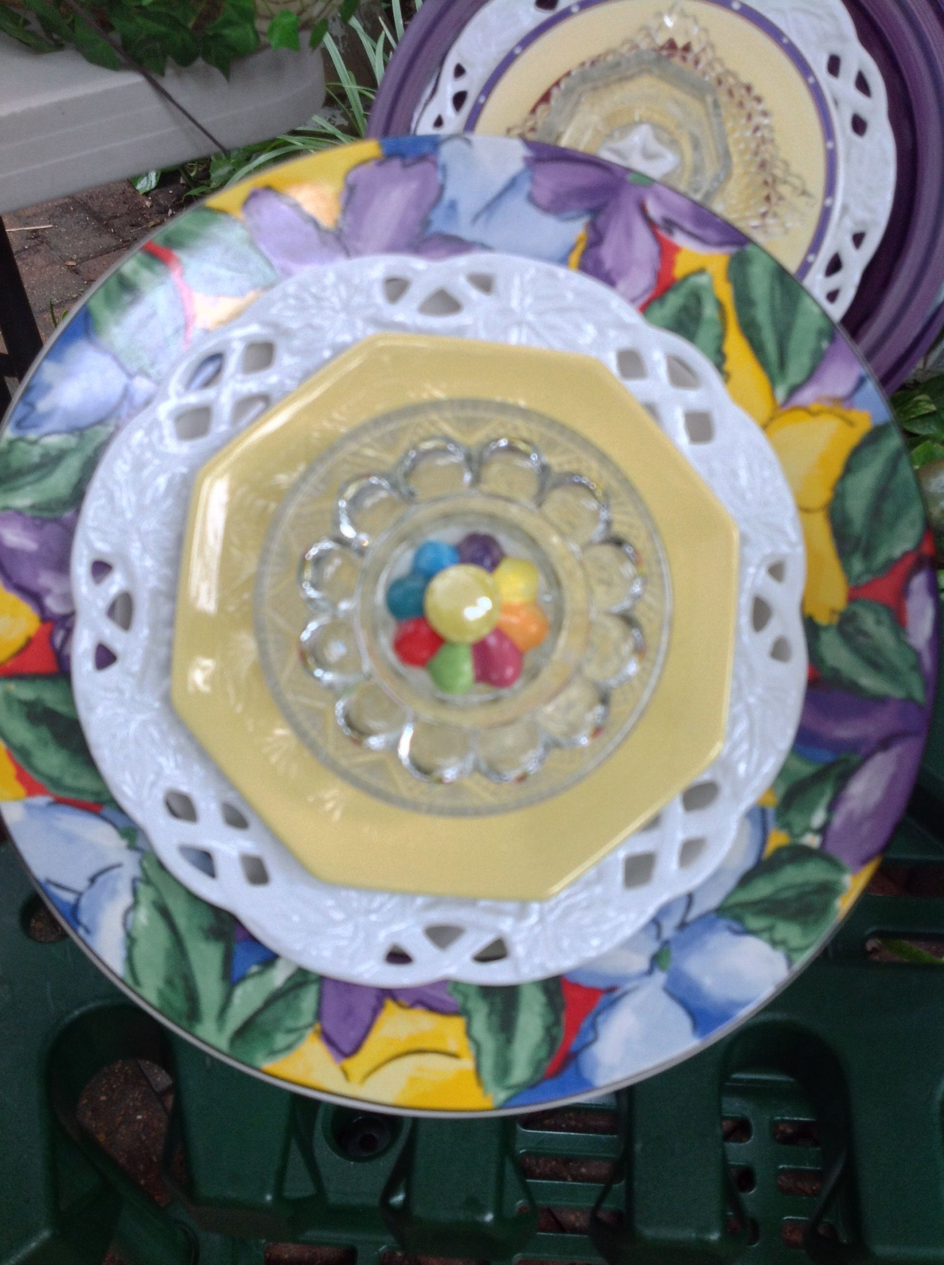 Great primary colors in this one. SOLD at Galveston Island Market  MiMi's Plate Flowers