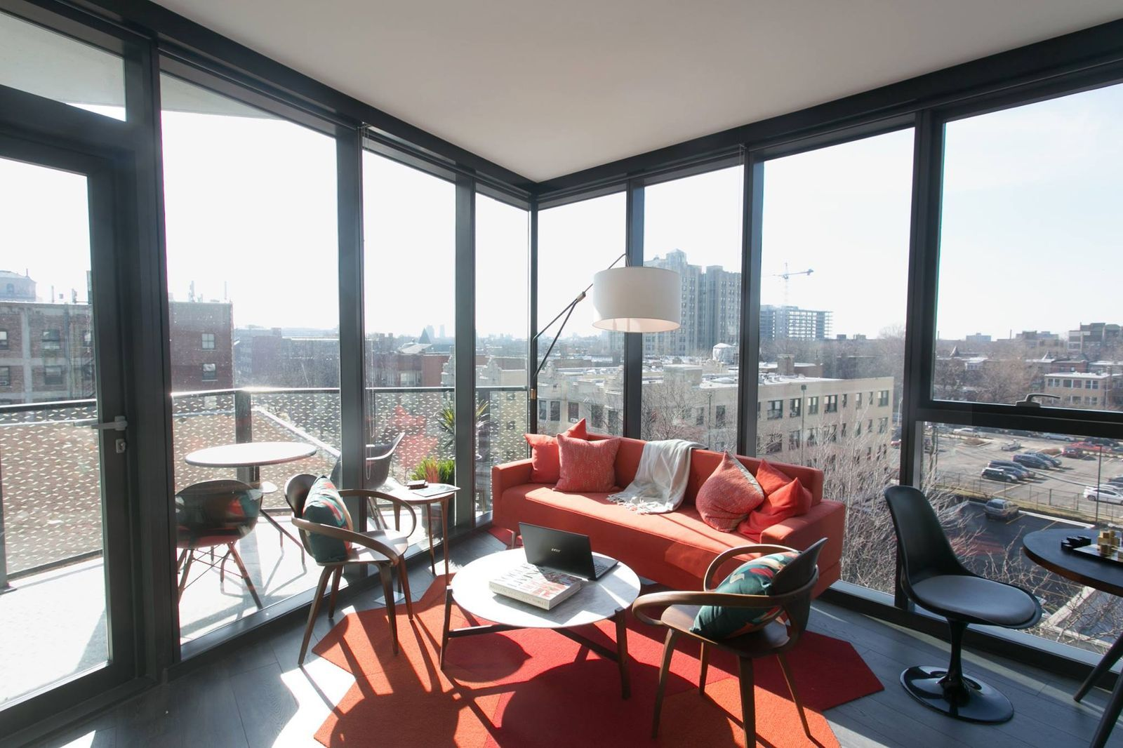 A Look At Studio Gang S Now Open City Hyde Park Apartments Hyde Park Apartments Chicago Architecture Chicago City