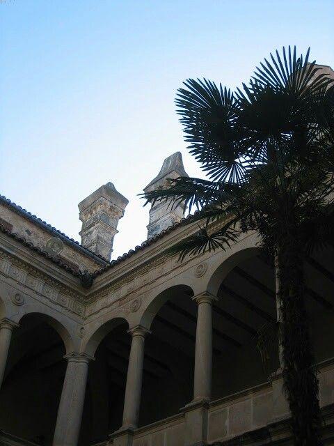 Patio Del Palacio De Los Duques De San Carlos, Trujillo