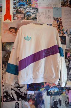 RARE Vintage Adidas Sweatshirt por TheMermaidGypsy en Etsy ...