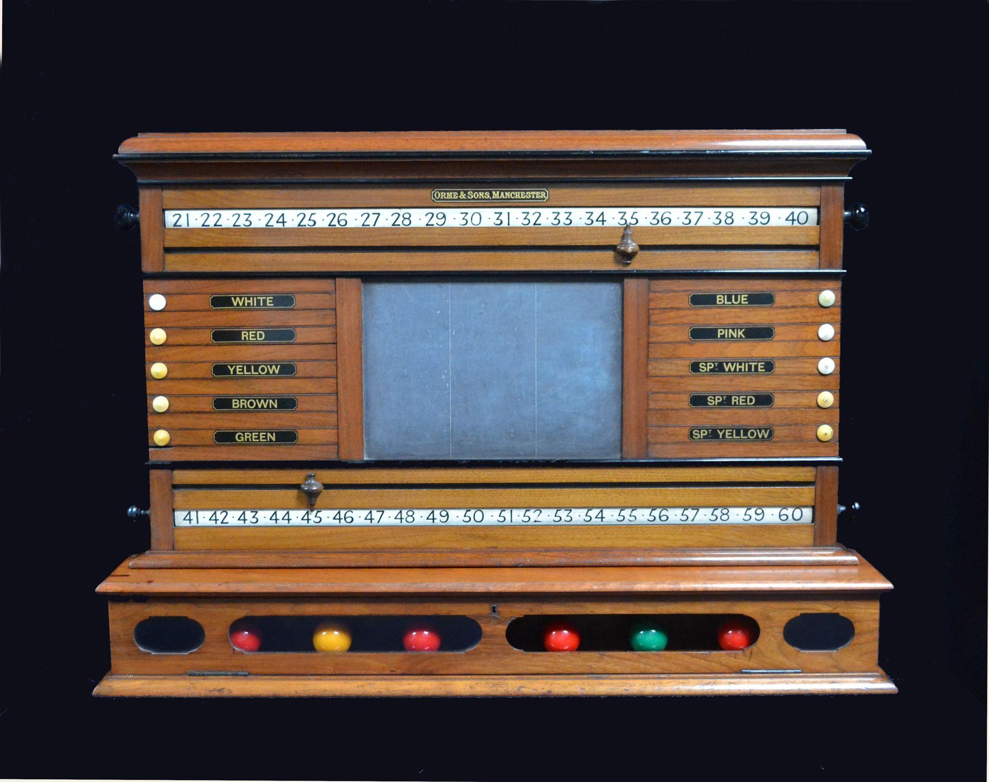 A Walnut Antique Billiard Snooker scoring