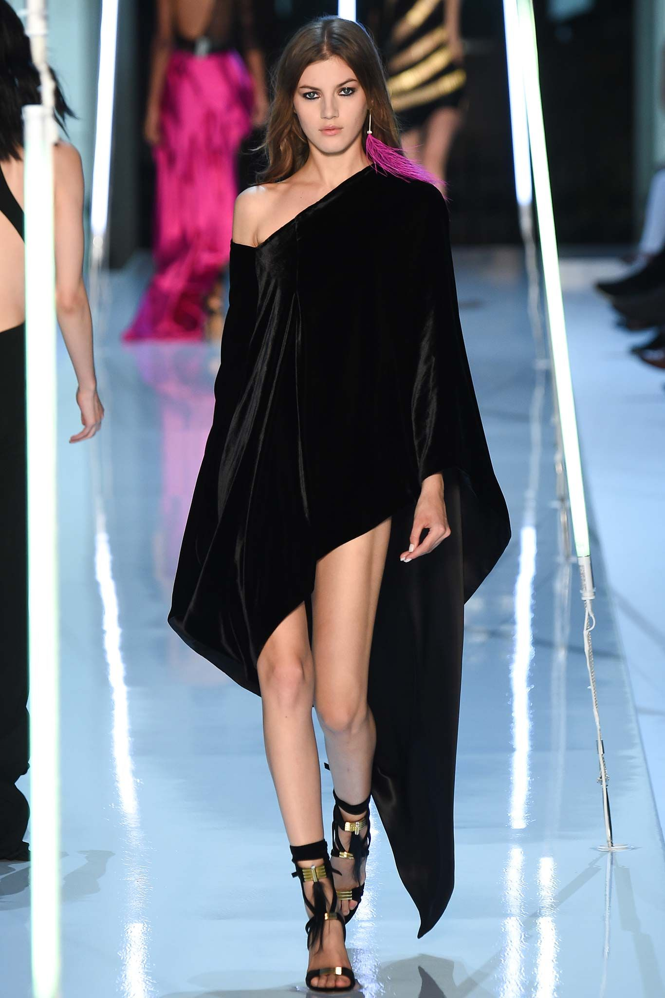 Alexandre Vauthier Fall 2015 Couture (TFF 15 ISTLP)