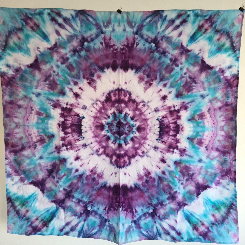 Mandala from Etsy shop https://www.etsy.com/listing/268422714/trippy-hippie-mandala-tie-dye-tapestry