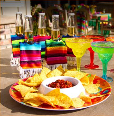 Mexican Fiesta Party Ideas Decorations Table Decorations Fiesta
