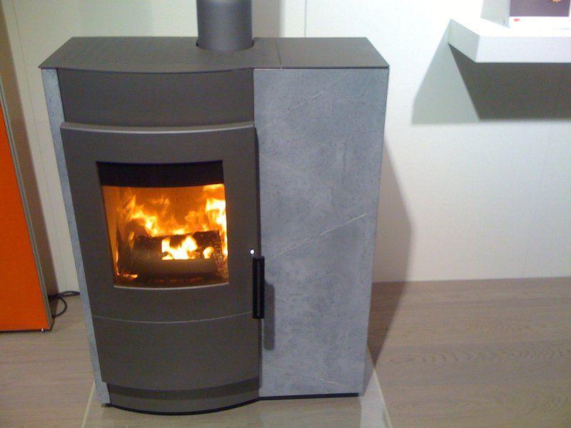 20 modèles de cheminée ou poêle à bois | cheminée, angles et