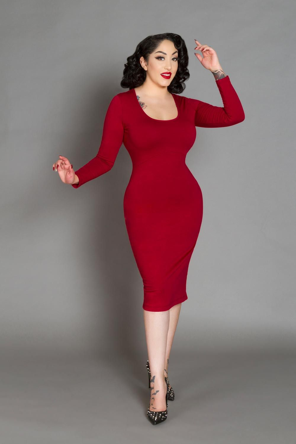ac3b07de Hannah Wiggle Dress in Red. Hannah Wiggle Dress in Red Rockabilly Looks, Rockabilly  Fashion, Retro Fashion ...