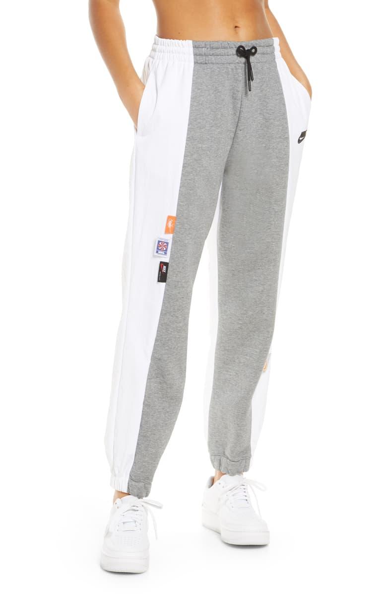 Nike Sportswear Icon Clash Sweatpants Nordstrom Womens Sweatpants Sweatpants Sportswear Women [ 1196 x 780 Pixel ]