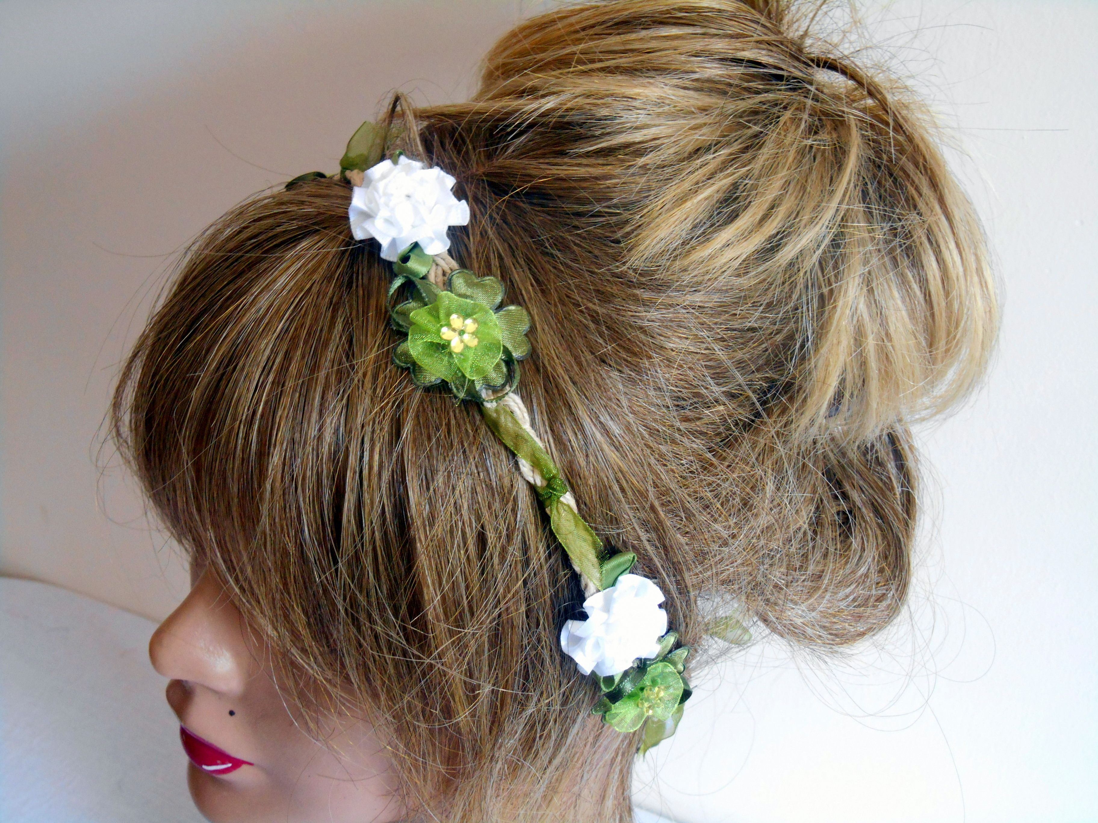 Green White Flower Petals Flowers Braided Ropes And Small