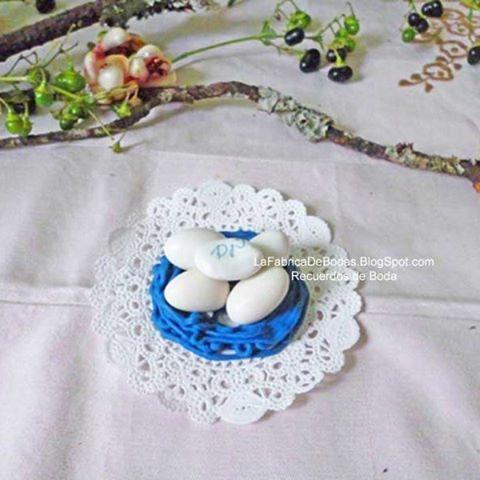Recuerdos de boda. Nidos comestibles con almendras.pedidos desde Q50 unidades. Cotiza al +502-58602962 Pregunta por tiempos de entrega.