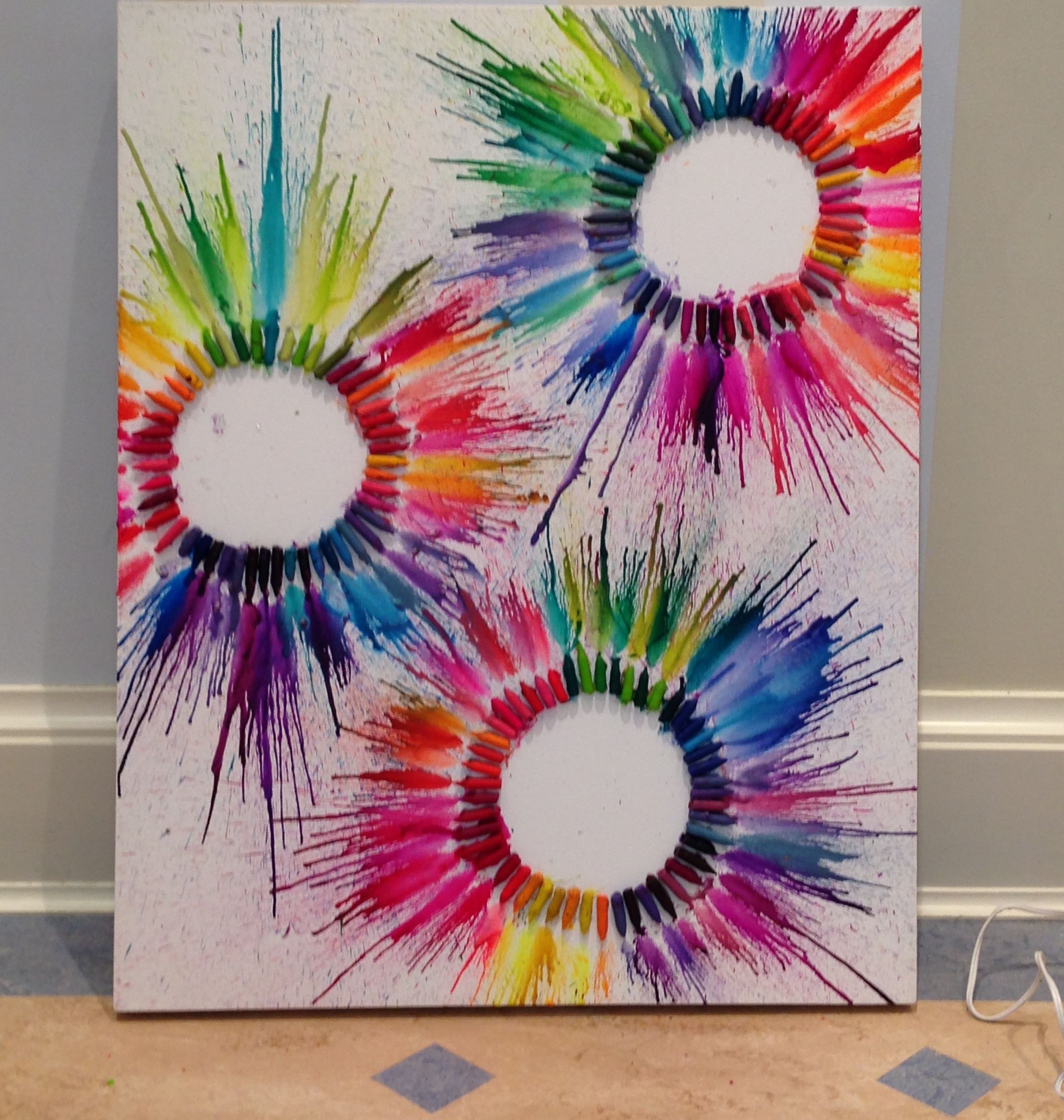 42 Very Easy Things To Paint On Canvas: Rainbow Circles Crayon Art