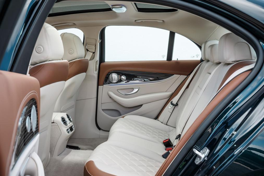 Mercedes E Class Rear Seats Benz E Class Mercedes Mercedes Benz