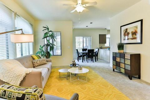 Phoenix Az Apartments With Pool Realtor Com Living Dining Room Apartment Home