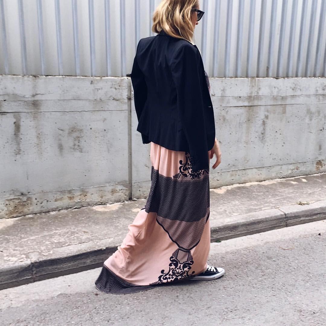 "M A R G A R I T A στο Instagram: ""This is RAD maxi-dress @nidodileda #ootd #ootdindo #ootdshare #ootdmagazine #outfit #outfitoftheday #outfits #outfitpost #instastyle #instafashion #instagramanet #instatag #look #lookbook #lookoftheday #fashion #fashiongram #style #beautiful #whatiwore #whatiworetoday #clothes #wiw #mylook #mylooktoday #todayimwearing #fashionpost #todaysoutfit #fashiondiaries"""