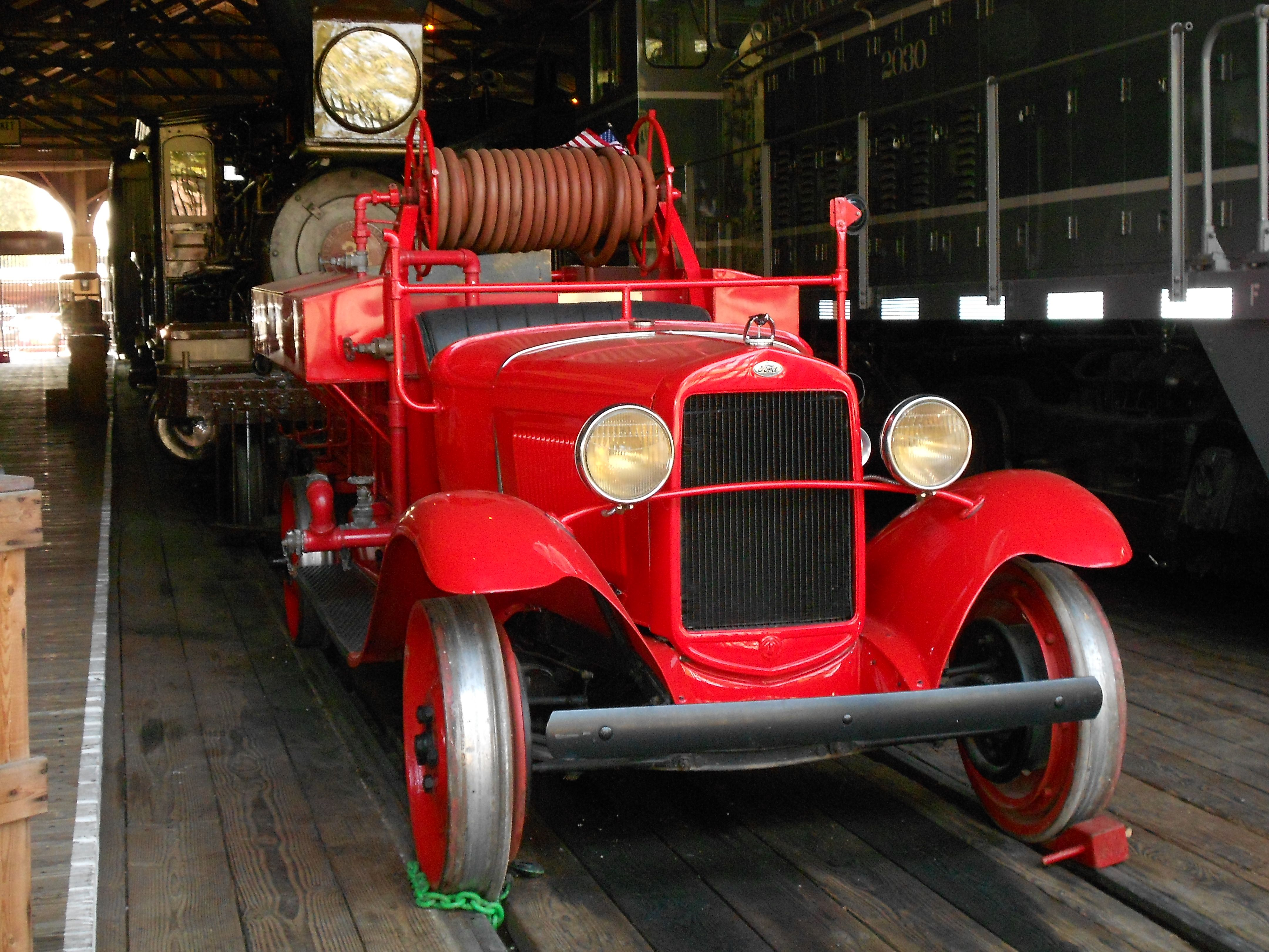 Seagrave Fire Apparatus >> This Is A 1930 Ford Model A AA Railroad Fire Truck At The ...