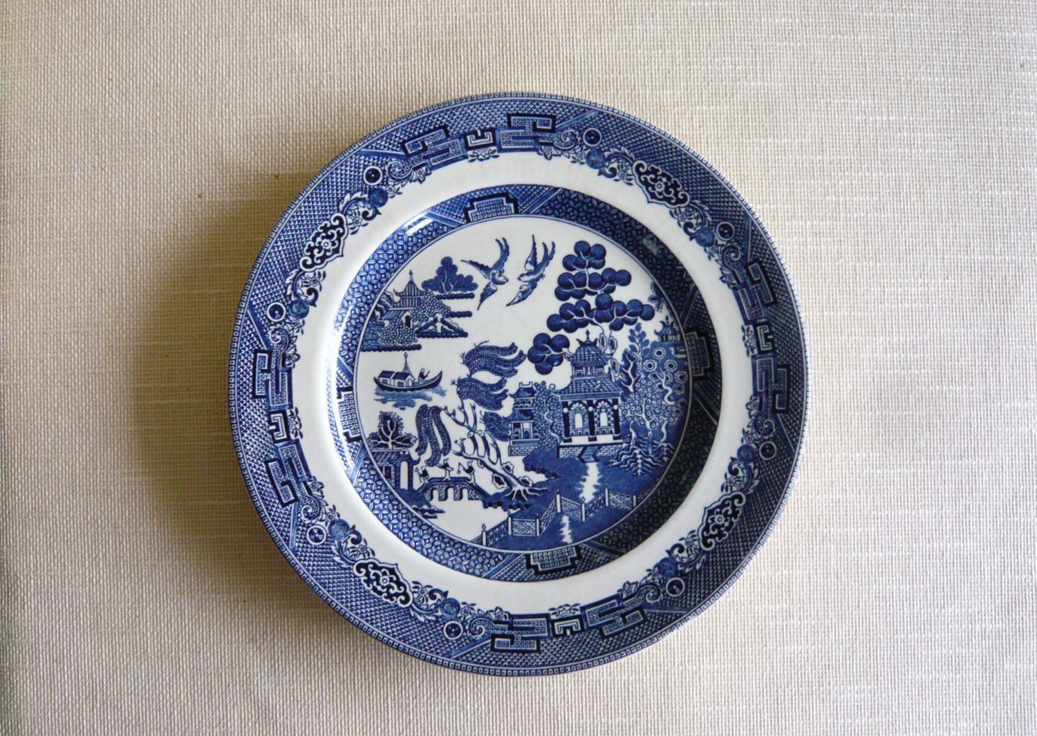 Johnson Brothers Willow Pattern Dinner Plate Blue and White 10 1/4 Inches | Willow pattern Dinners and Blue china & Johnson Brothers Willow Pattern Dinner Plate Blue and White 10 1/4 ...