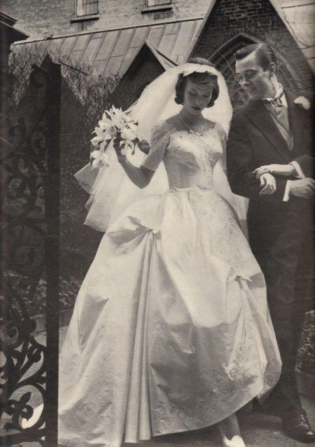 Vintage Fifties Wedding Dress E1362853166348 Jpg 640 909 Vintage Wedding Photos Vintage Bride Vintage Wedding