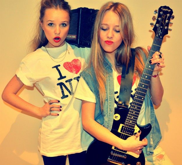 Rock & Roll time #StreetStyle #JohanssonSisters #IN2ITIONSTYLE #Rockstar