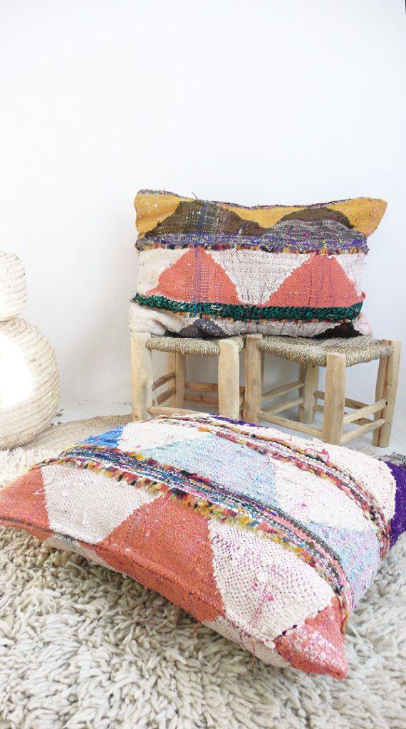 Cojin De Suelo Kilim Marroqui Gigante Boucherouite Etsy Floor Cushions Diy Cushions Floor Cushions
