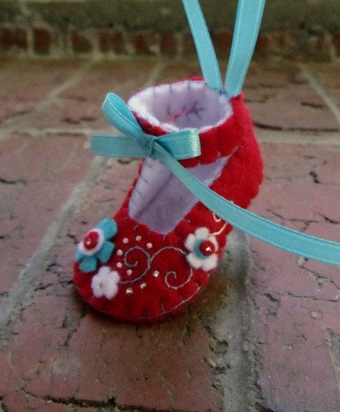 Baby's First Christmas Felt Shoe Ornament ♡ by BananaBugAndZod