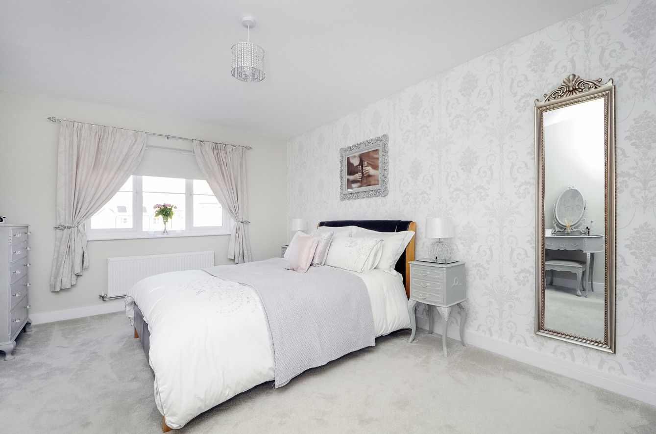 Elegant The Hollybrook Woodlands Launton Walls Painted In Dulux Egyptian Cotton  Wallpaper From Laura. Capricious Padded Walls.