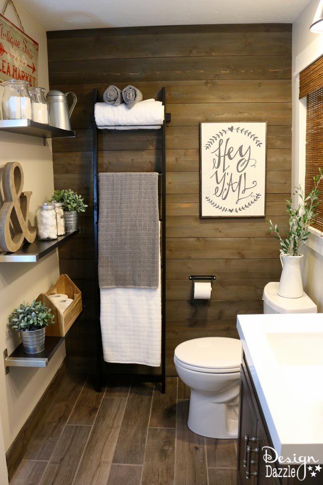 Farmhouse bathroom ikea style murs de planches de bois - Planche en bois ikea ...