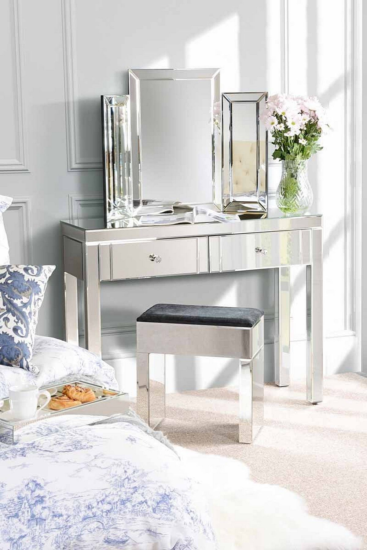 Venetian mirrored console dressing table features 2 large drawers venetian mirrored console dressing table features 2 large drawers geotapseo Gallery