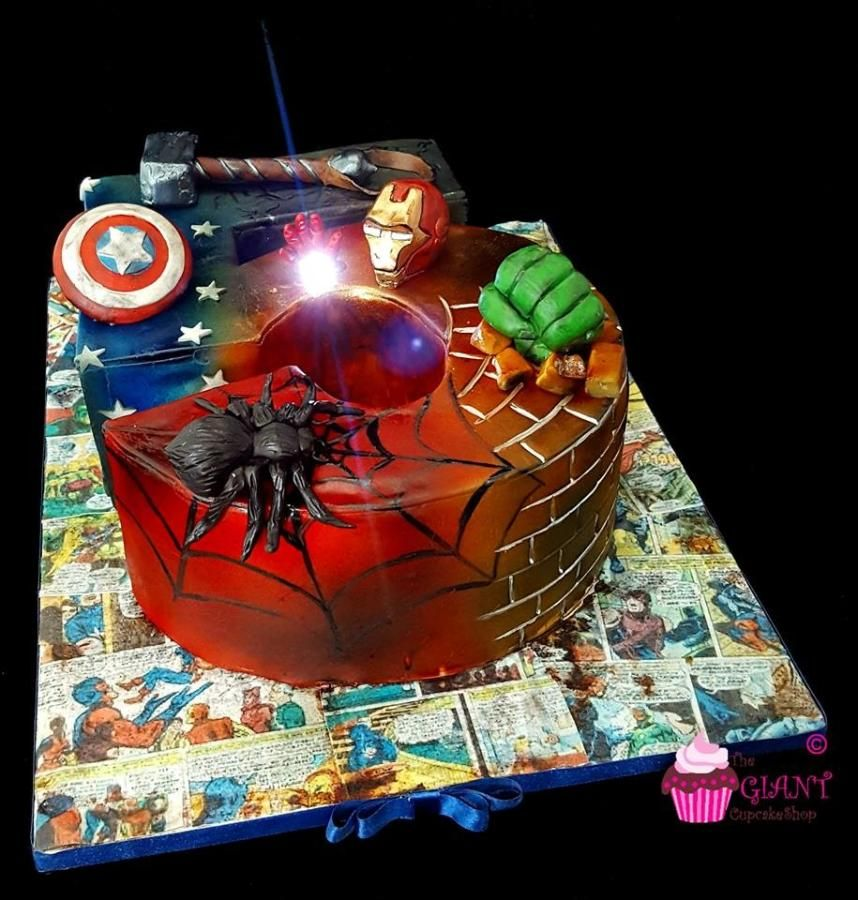 Marvel Avengers - Cake by TheGiantCupcakeShop                              …
