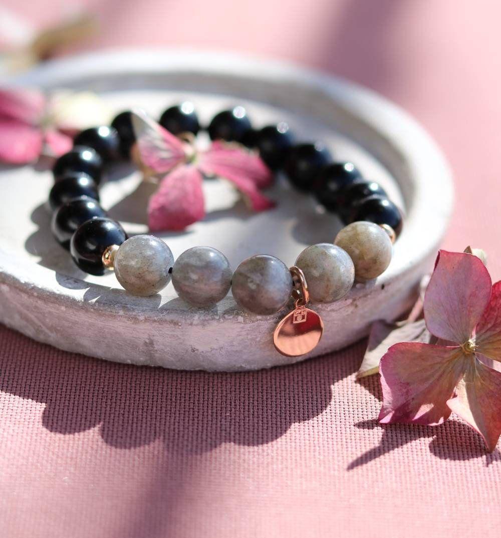 bracelet femme protection