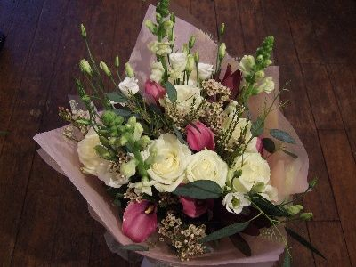 Rose Garden Avalanche Roses Lissianthus Wax Flower Calla Lilies Soft Foliage Flower Delivery Funeral Flowers Wax Flowers