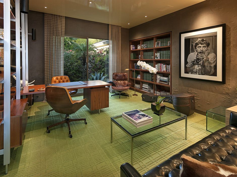 This mid-century office with a modern twist is a great room to create and innovate, no matter what project you're working on. 1157 N. Hillcrest Rd | Beverly Hills