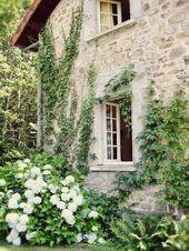 Beautiful French Cottage Garden Design Ideas 35,  #Beautiful #Cottage #cottagegardenideasfrench #Design #French #Garden #ideas