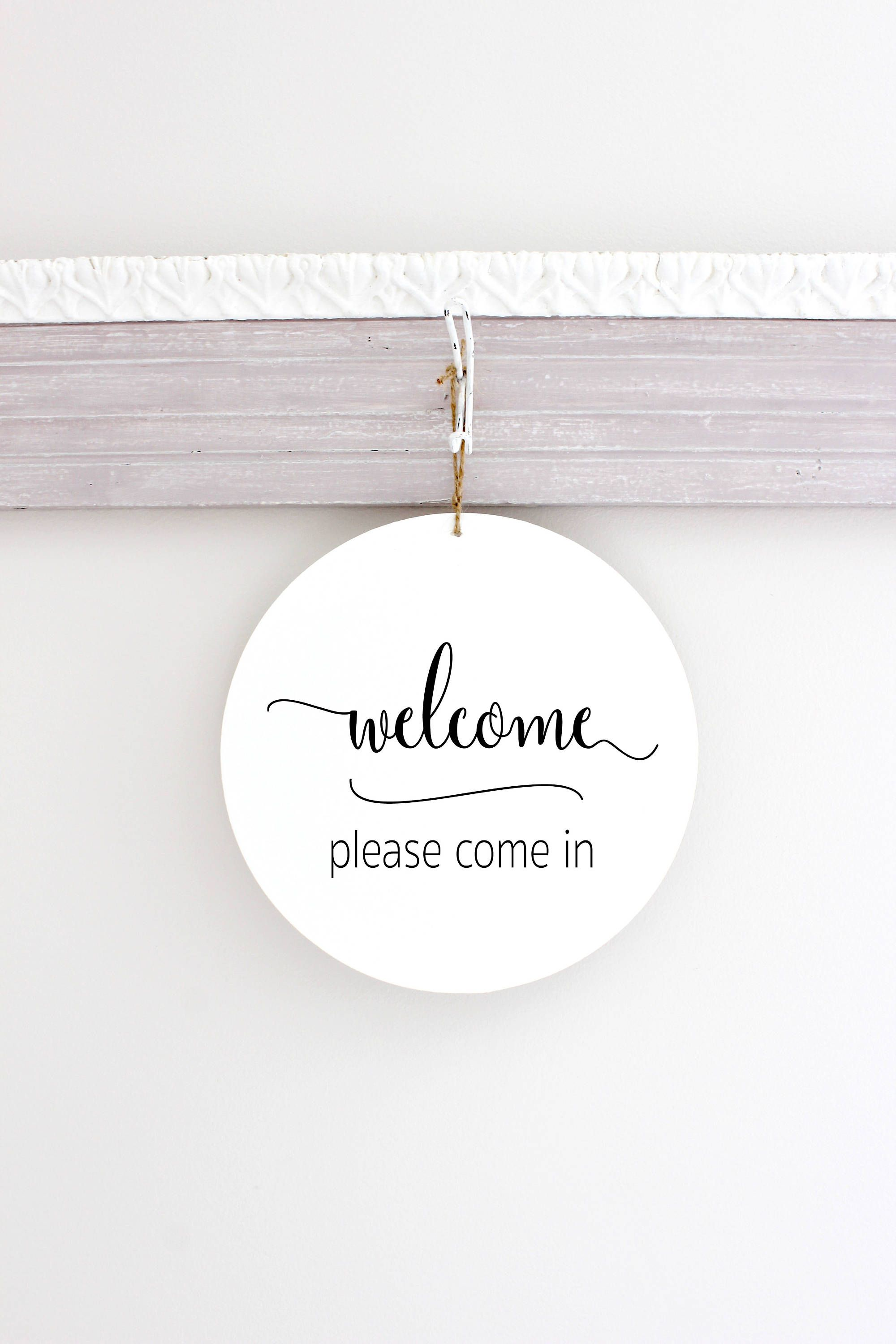 Business Spa Therapist Sign In Session Welcome With A Modern Design This Sign Measures 10 Round And 1 8 Thick Business Signs Office Door Signs Office Signs