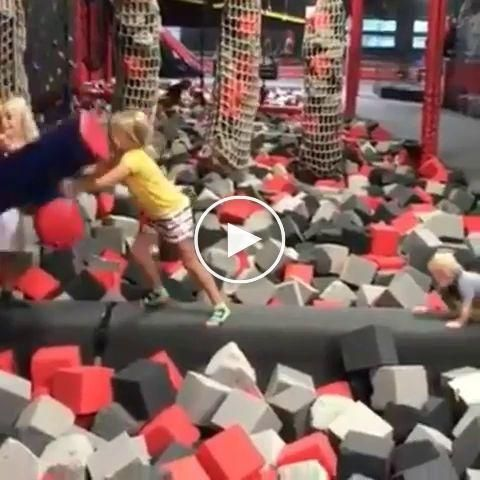 Middle child asserting dominance over all children's #middlechildhumor Middle child asserting dominance over all children's #funnyvideos #funnymemes #funnyanimals #middlechildhumor