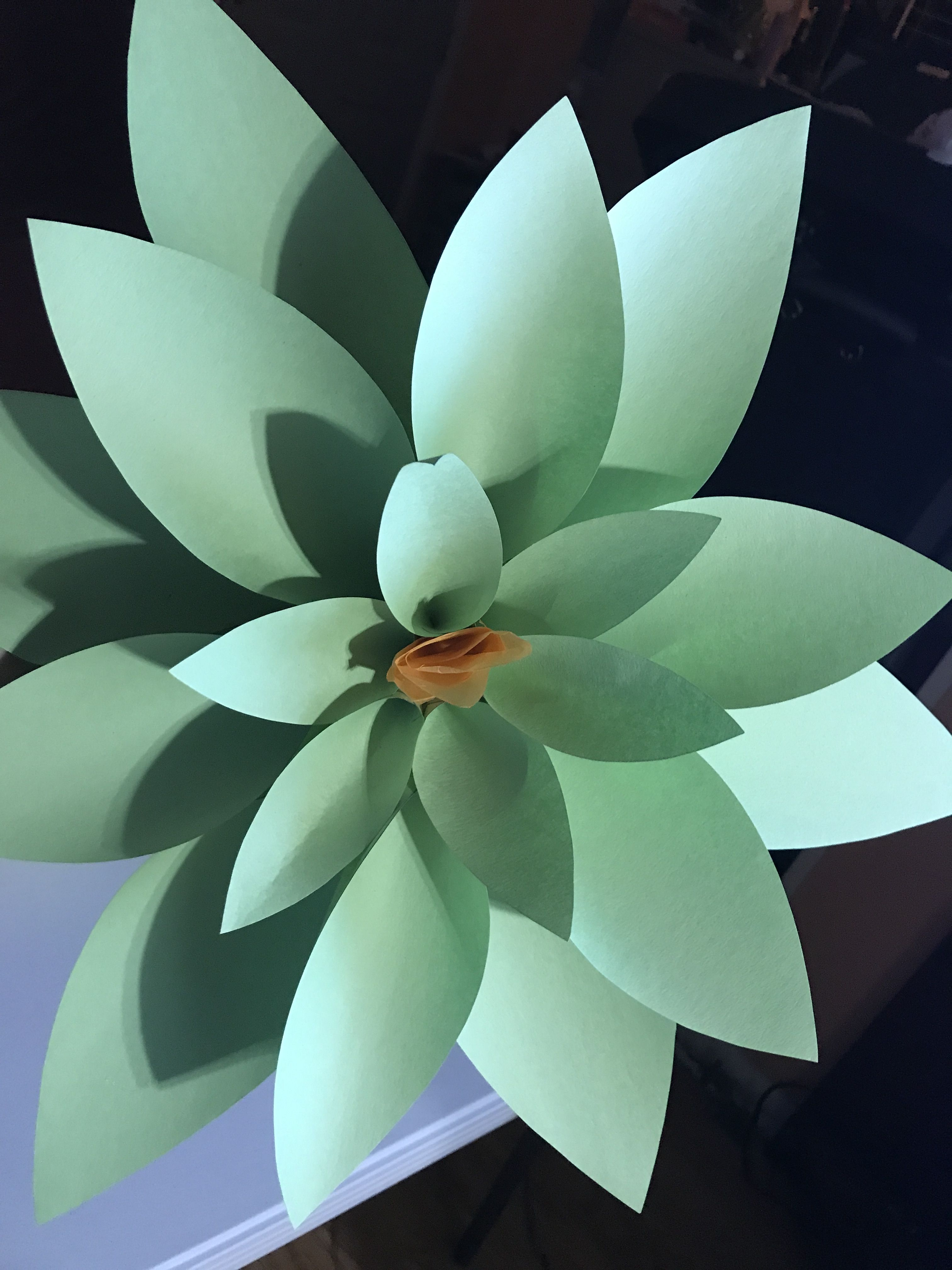 Paper flower made out of construction paper 18 petals hobby paper flower made out of construction paper 18 petals mightylinksfo