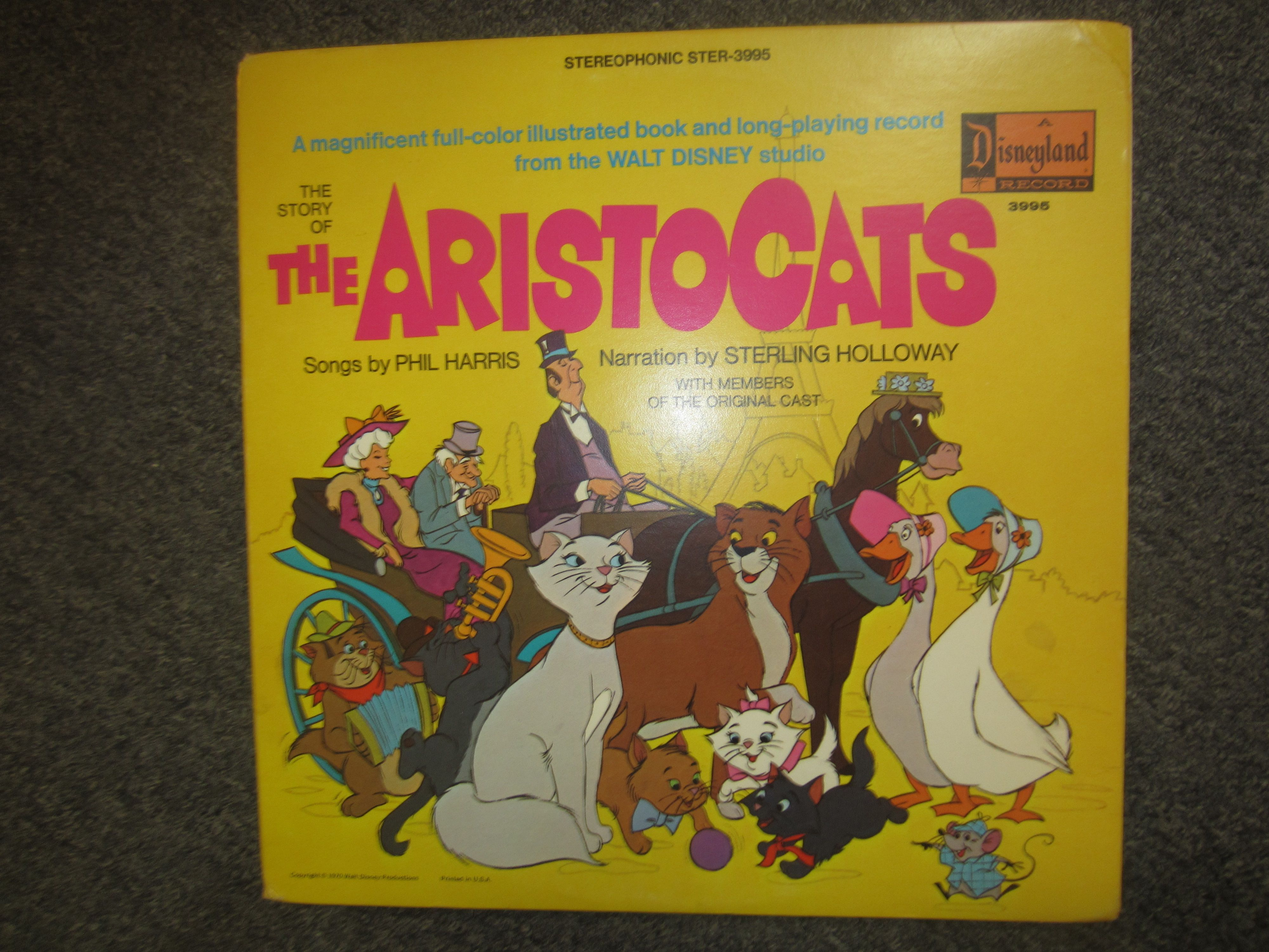 The Aristocats Purr Ty Pussycat Songs Vinyl Lp Record Album Happy Time Label Kookykitsch Com Vinyl Record Album Album Covers Walt Disney Studios