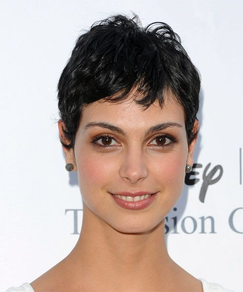 Morena Baccarin Short Wavy Black Hairstyle With Layered Bangs Hair Color For Black Hair Short Hair Styles Morena Baccarin