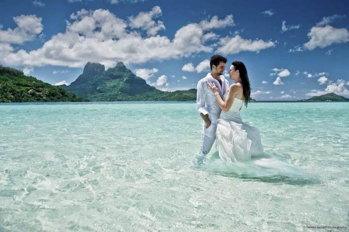 Bora bora wedding photographer would love a honeymoon photo like bora bora wedding photographer would love a honeymoon photo like this junglespirit Choice Image