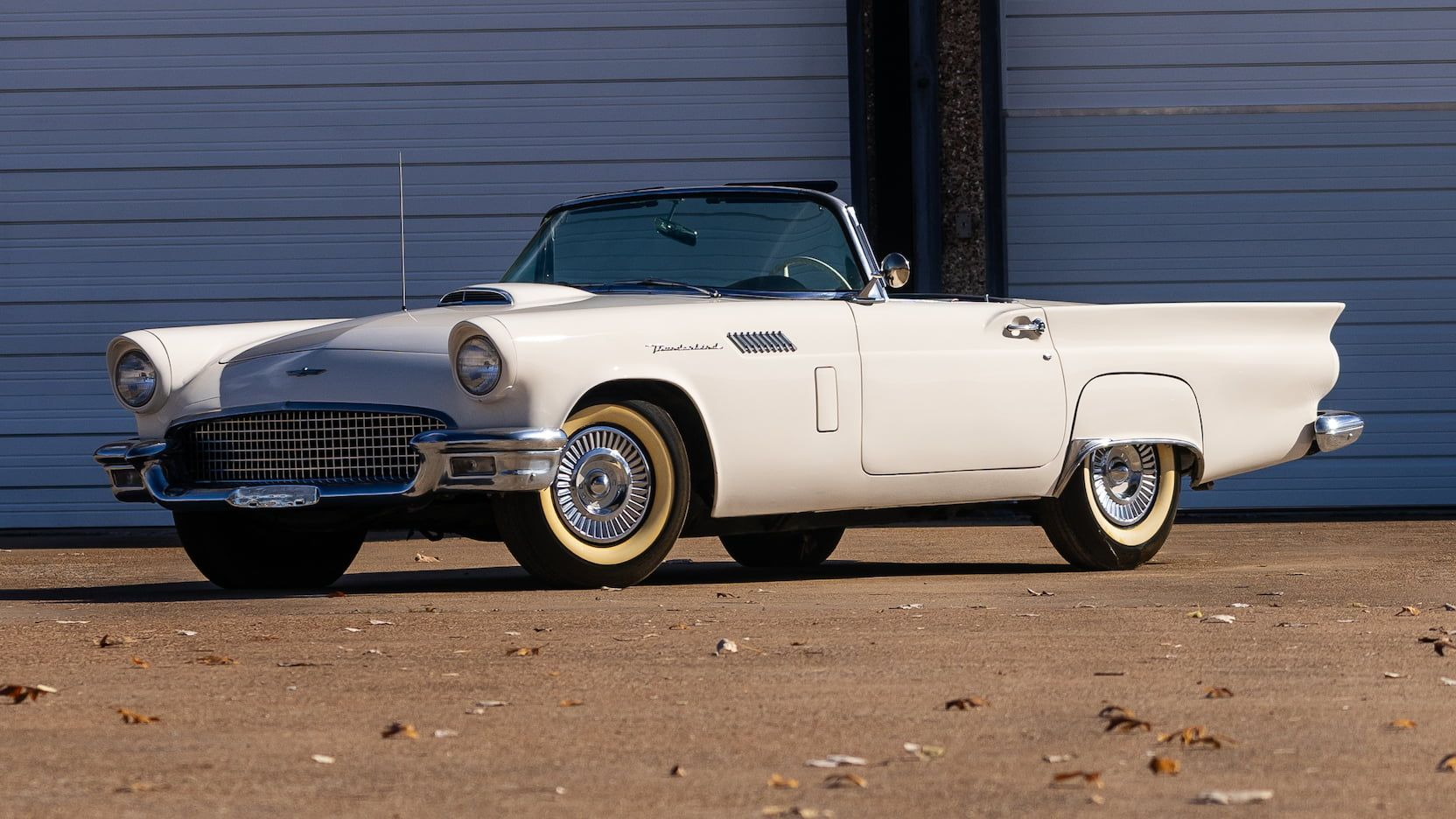 1957 Ford Thunderbird Presented As Lot U72 At Kissimmee Fl